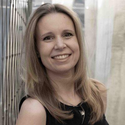 Michala Janatová, CFA